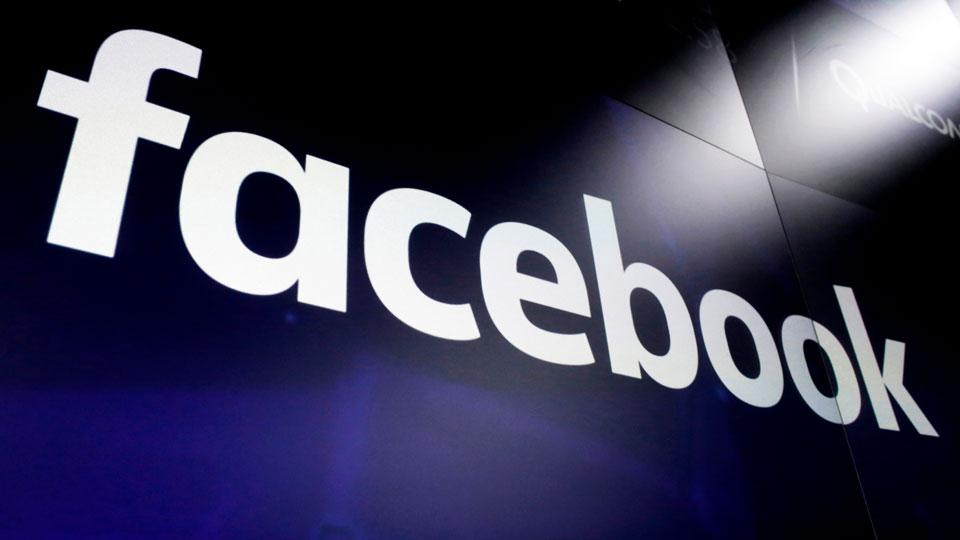 "Facebook bans ""deepfakes"""