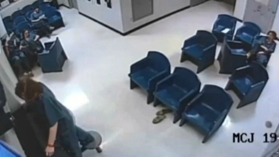 An Ohio woman tried to escape from a county jail with cameras, inmates and officers watching.