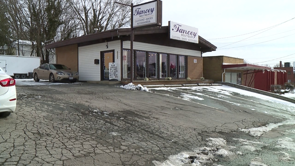 Fancey Boutiquee in Boardman starts a new Valentine's Day tradition