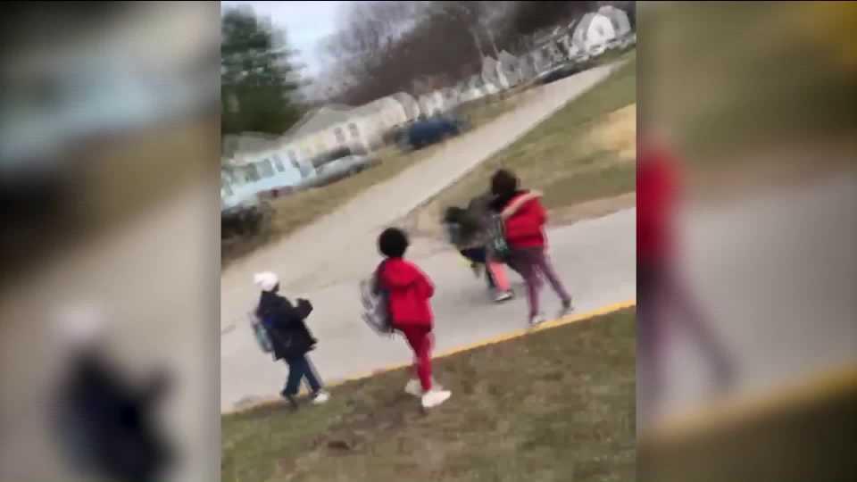 Missouri parent pulls gun on school bus; school administrators respond