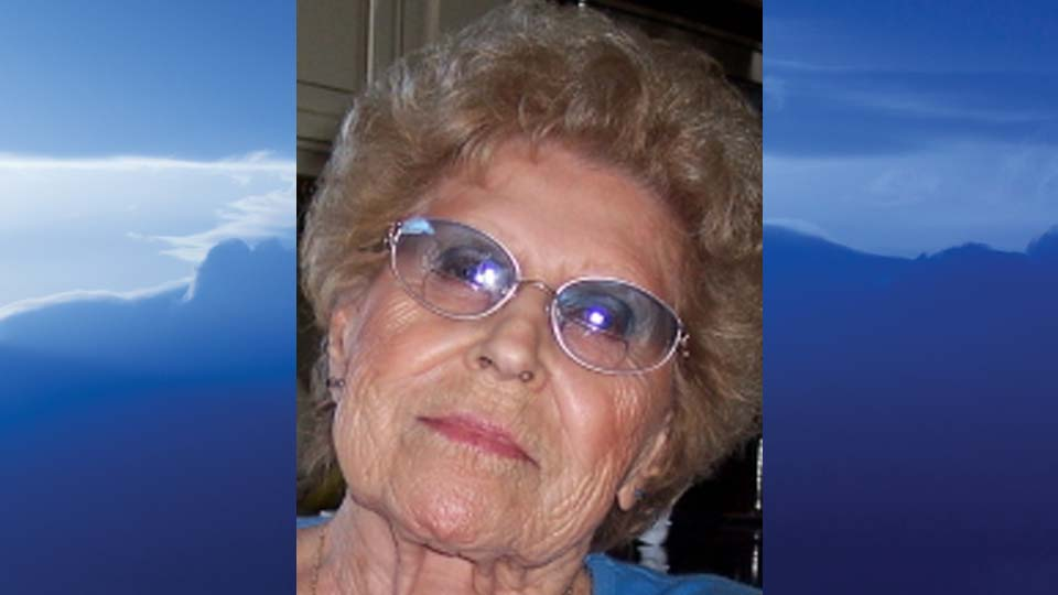 Esther M. Loutzenhiser, Austintown, Ohio - obit