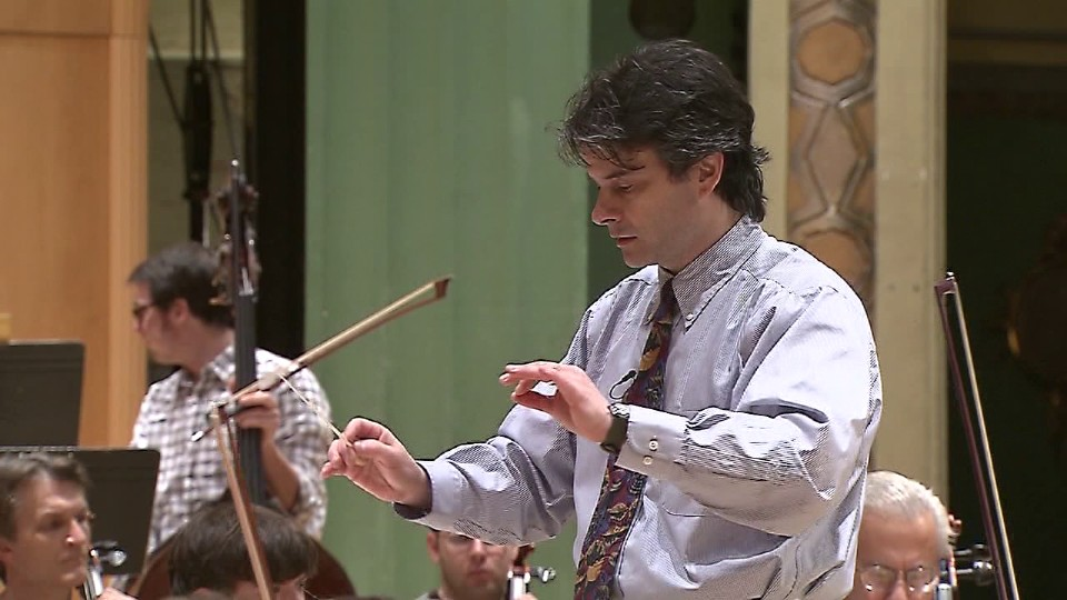 Randall Craig Fleischer, conductor of the Youngstown Symphony Orchestra