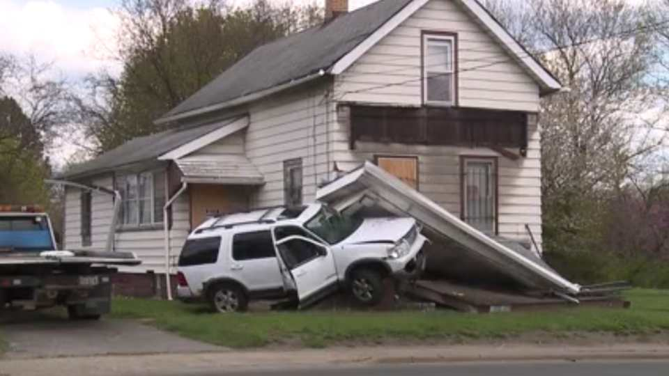 The driver of a Ford SUV was heading east on Oak Street. It is unknown why, but the SUV went off the road and hit a flowerbed at a home on the 1500 block.