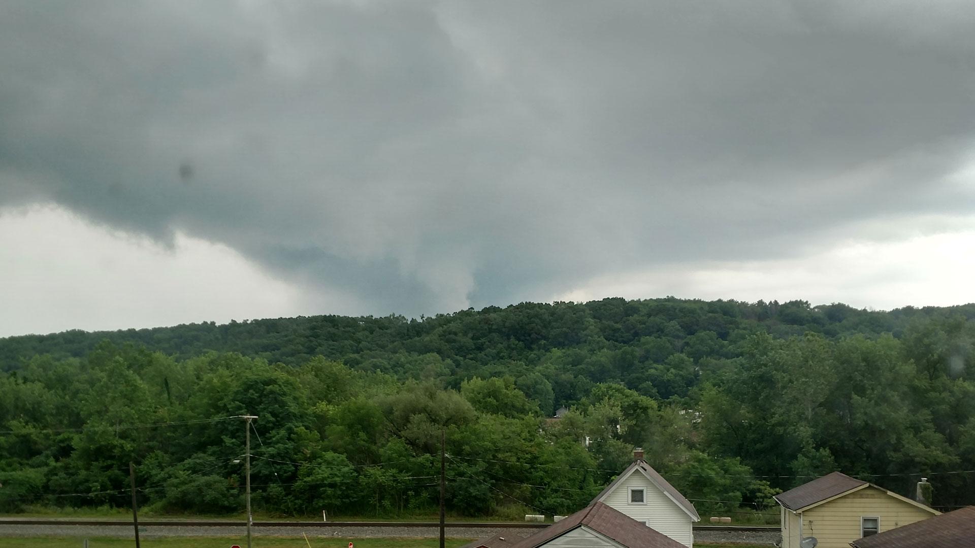 Severe storm, Lowellville