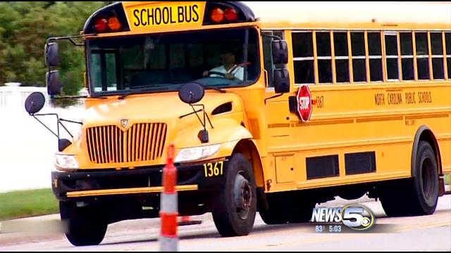 School Bus Cameras to Target Dangerous Drivers (Image 1)_7247