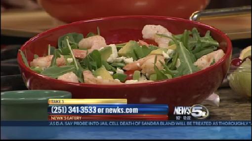Newk's Shrimp and Avocado Salad_32625