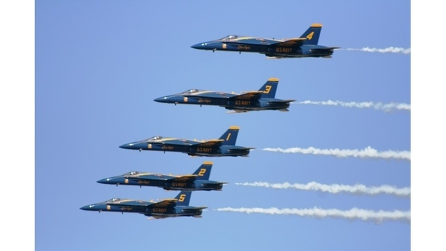 Blue_Angels_fly_over_Tuscaloosa_0_20180416132217