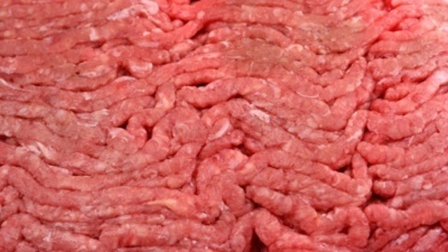 raw-ground-beef-closeup-jpg_5414079_ver1.0_640_360_1525405791468_41598940_ver1.0_640_360_1535231319884.jpg