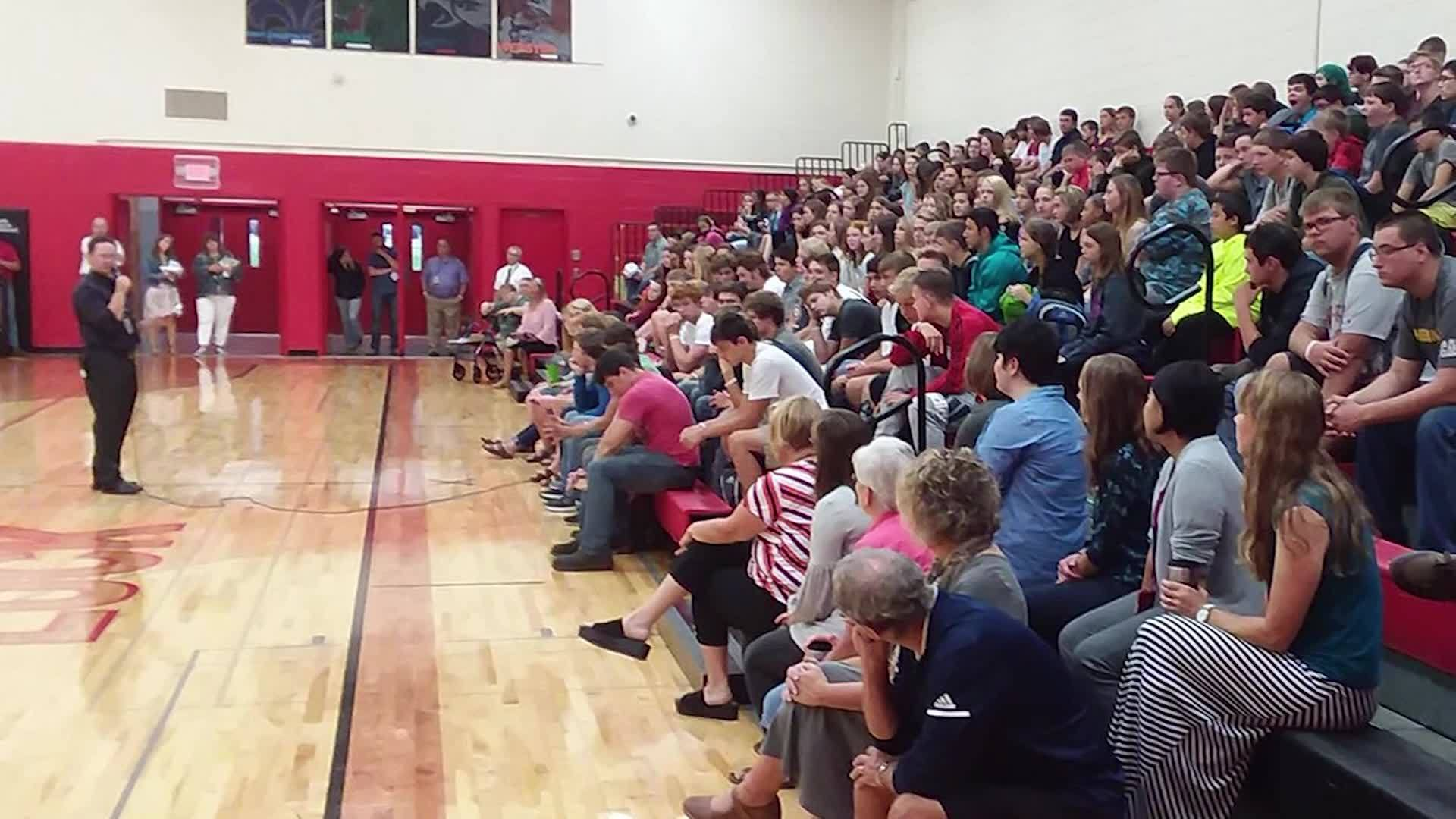 Banker pays tuition for high school's entire graduating class