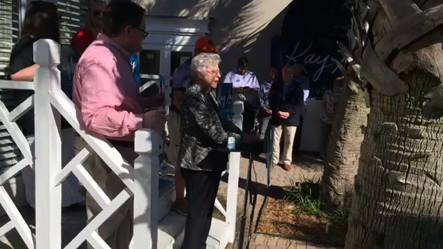 Ivey_speaks_to_Mobile_Republicans_10_06__0_20181006160848
