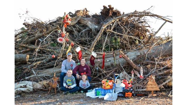 hurricane michael christmas card photo 2_1542118331754.png_62030887_ver1.0_640_360_1542129410787.jpg.jpg