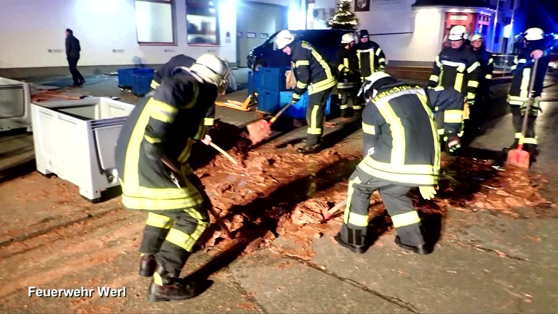 VIDEO: Factory mishap paves street with chocolate in Germany
