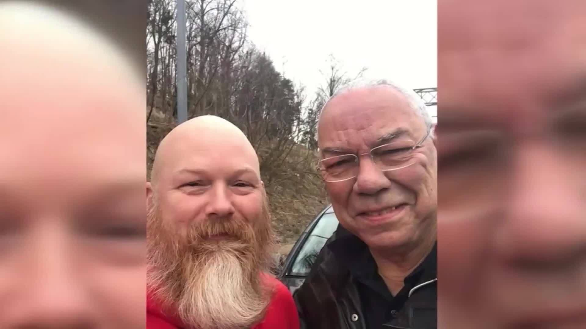 Man who lost leg in Afghanistan helps Colin Powell with flat tire