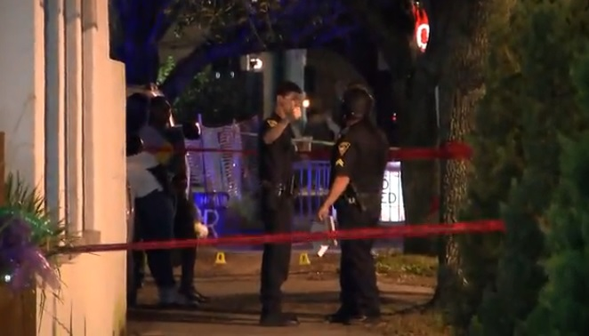 Dramatic video during double shooting in downtown Mobile