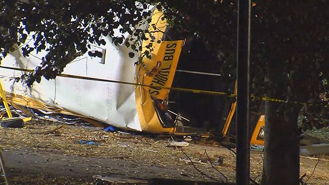 Chattanooga school bus crash_337726