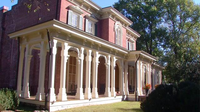 Oaklands Mansion_455014