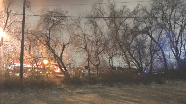 overturned fire truck_476674