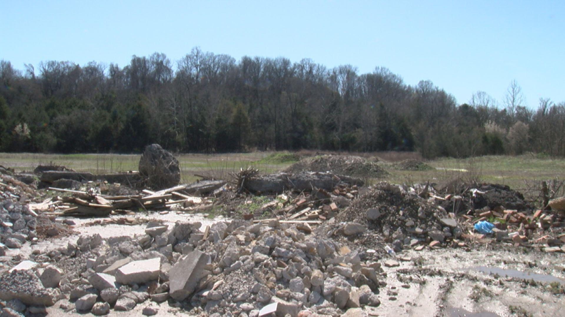 Hermitage illegal dumping_490641