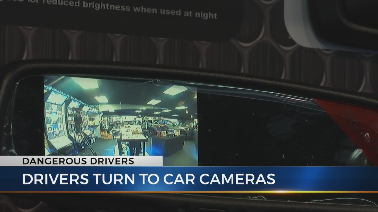 Drivers_turn_to_car_cameras_1543539668766.jpg