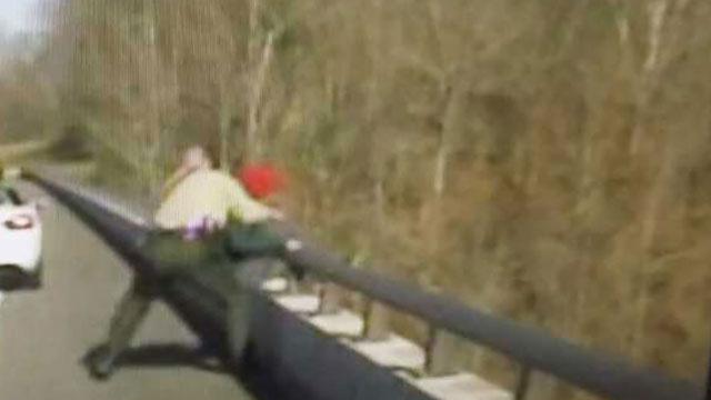Dash cam captures Williamson County deputy saving college