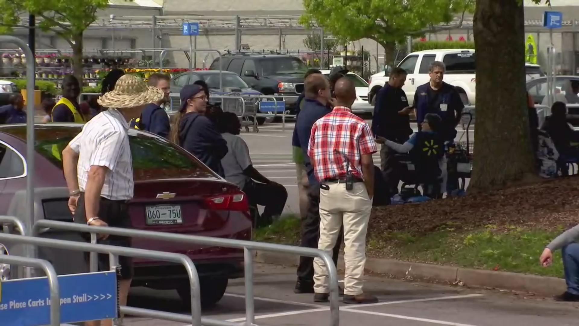 Walmart evacuated.jpg