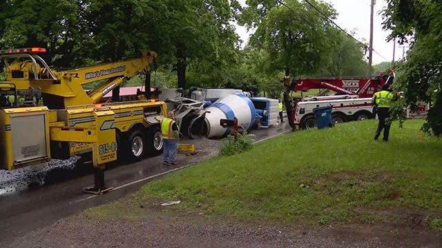 Dodson Chapel cement truck crash