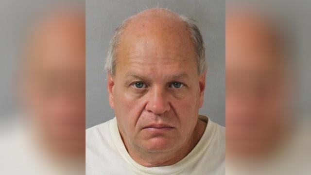Notorious roadside panhandler arrested again in Nashville | WKRN