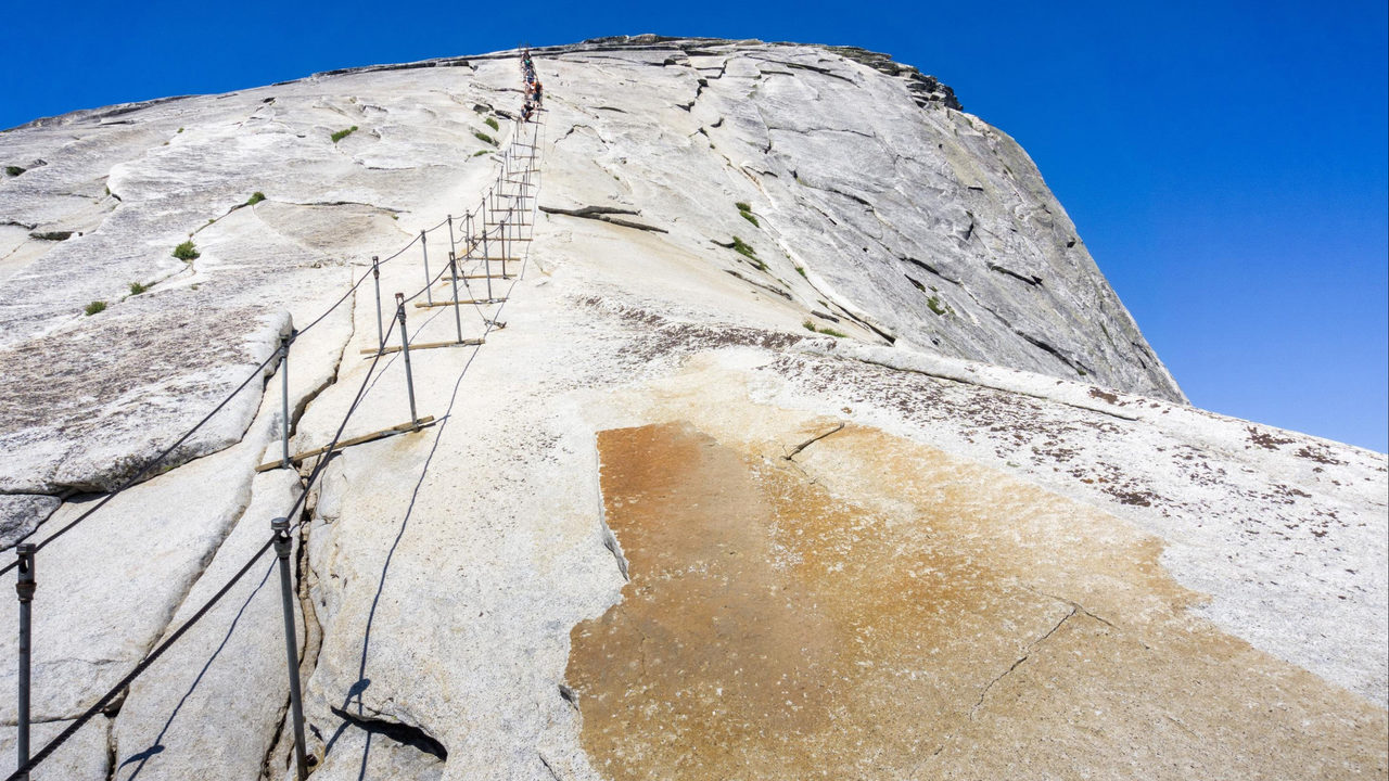 Yosemite visitor dies after falling from Half Dome cables | WKRN