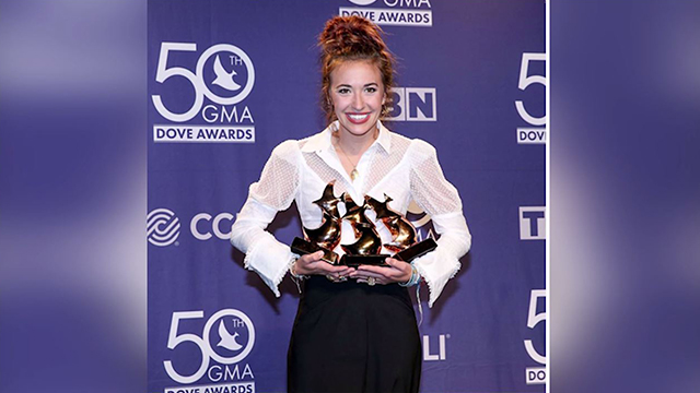 Lauren Daigle Dove Awards