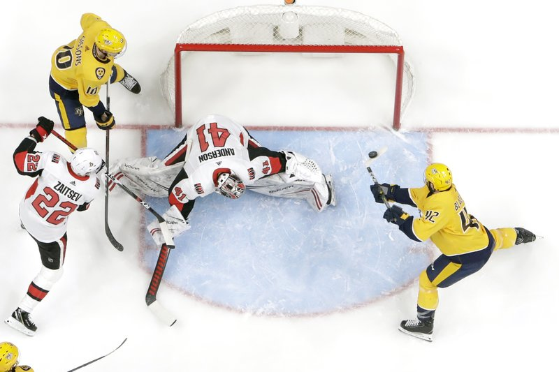 Ellis, Arvidsson score as Preds rally, beat Senators 3-2