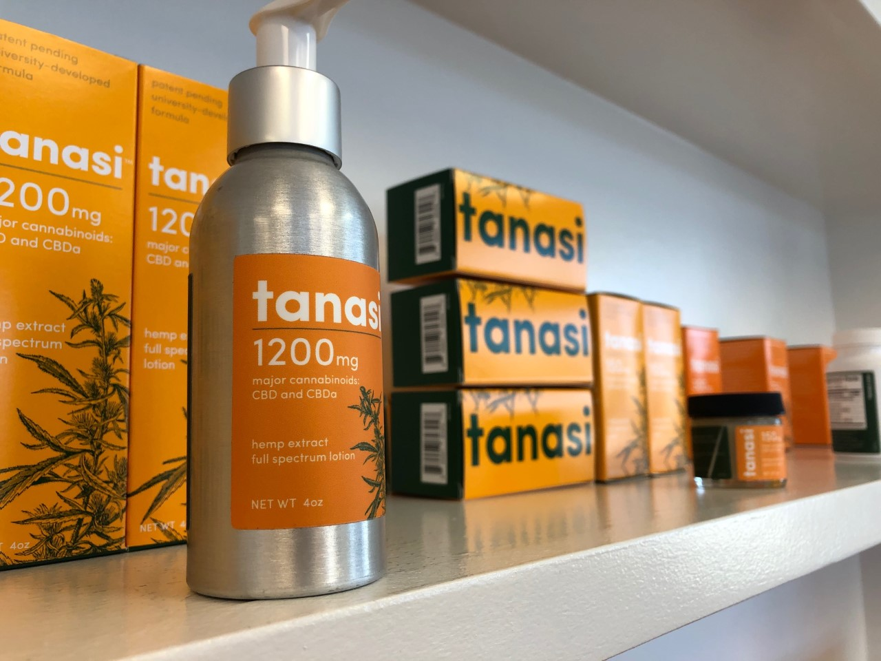 Tanasi CBD products