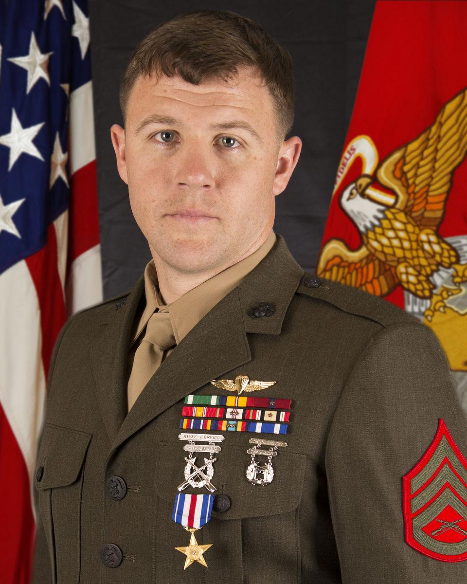 marsoc-marine-awarded-silver-star-medal-d06534ae5ddf25ef_35283