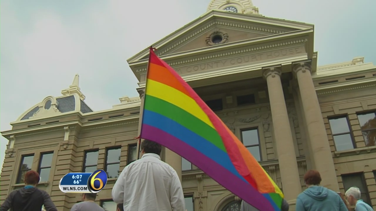Skubick: Same-sex marriage support up from 2004 vote