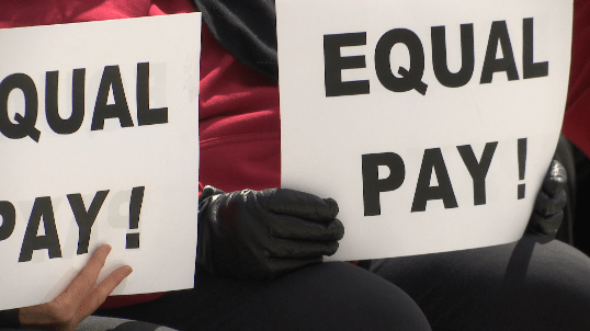 EQUAL PAY_147039