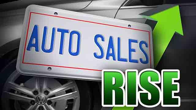 auto sales up_12918
