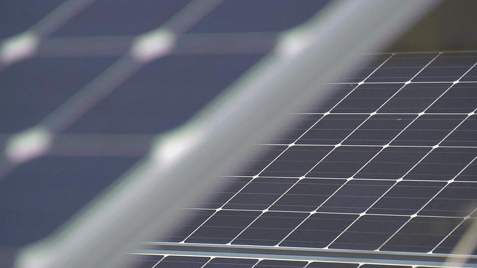 consumers pilot solar energy program_270312