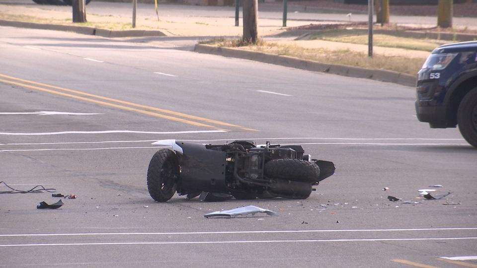 moped crash_309167