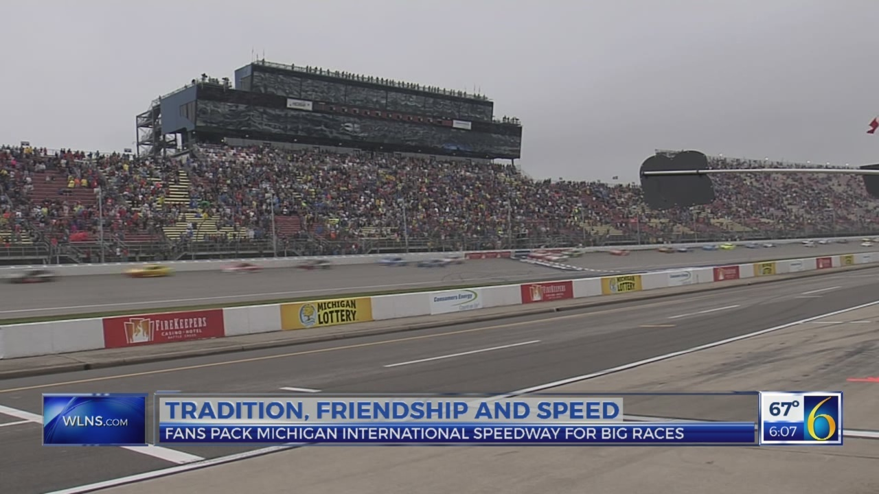 Fans pack MIS for big race