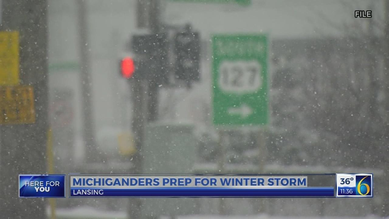 Michiganders prep for winter storm
