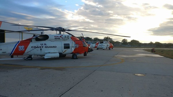 Coast Guard helicopter_329995