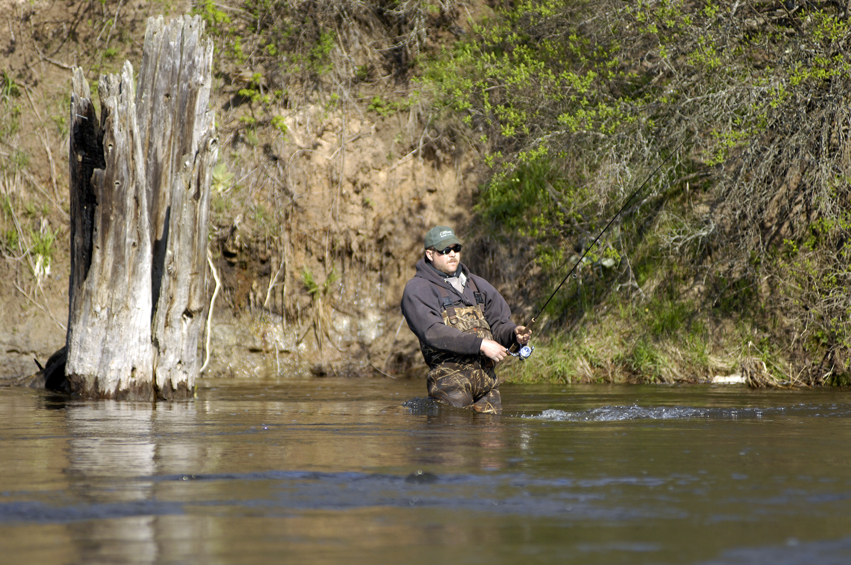 Fishing for Steelhead on the Pere Marquette River_1556659610954