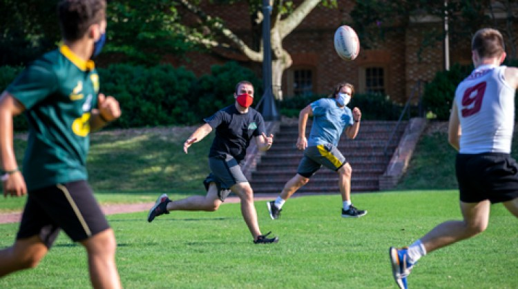 Despite masks and distancing, students can still find plenty of fun on and  off campus | William & Mary