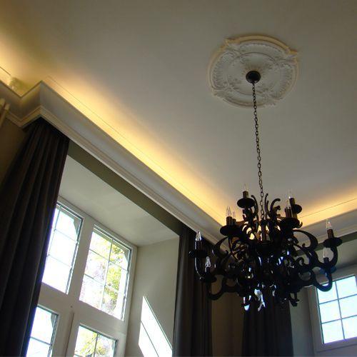 Lightweight Victorian Ceiling Rose Designs  Wm Boyle
