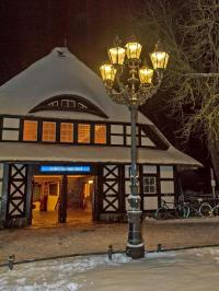 Gaslight and Gas Lamps of Berlin | World Monuments Fund