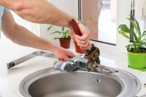 5 reasons your faucet is dripping water