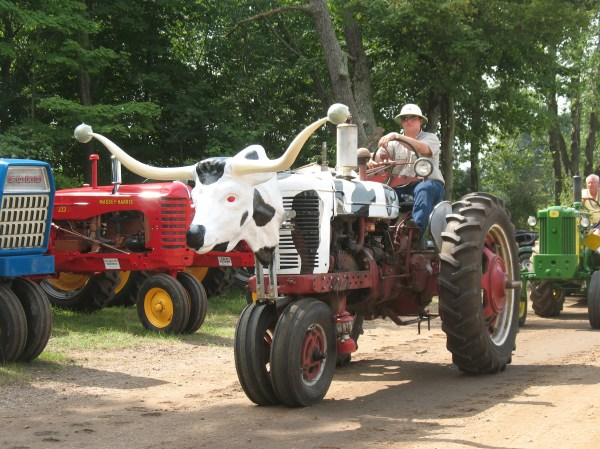 Hundreds Of Tractors And Engines Expected 33rd