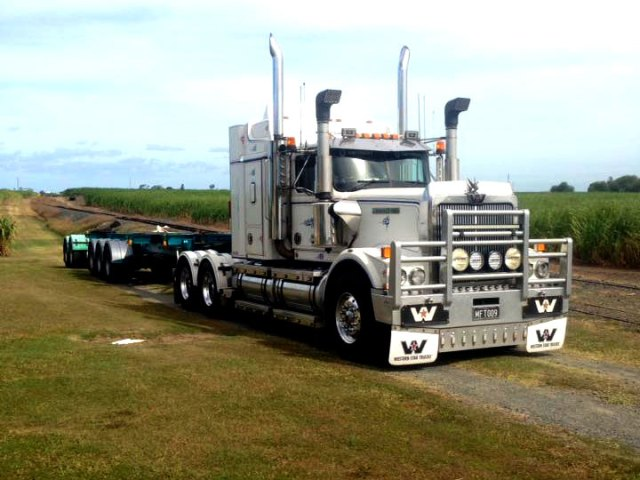 SKELETON-TRAILERS wmt