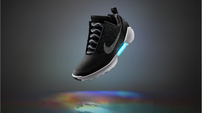 nike-self-lacing-shoe_185986