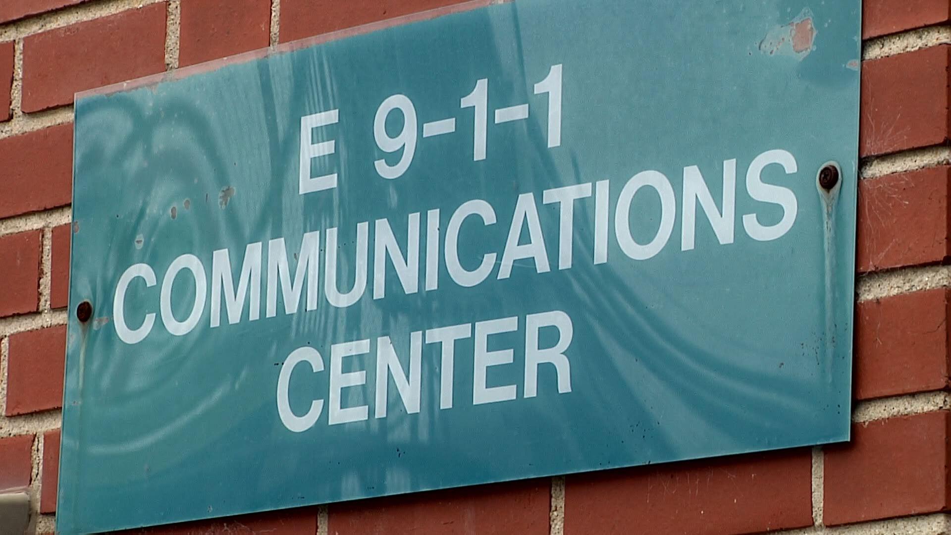 911 NO CELLPHONE_365586