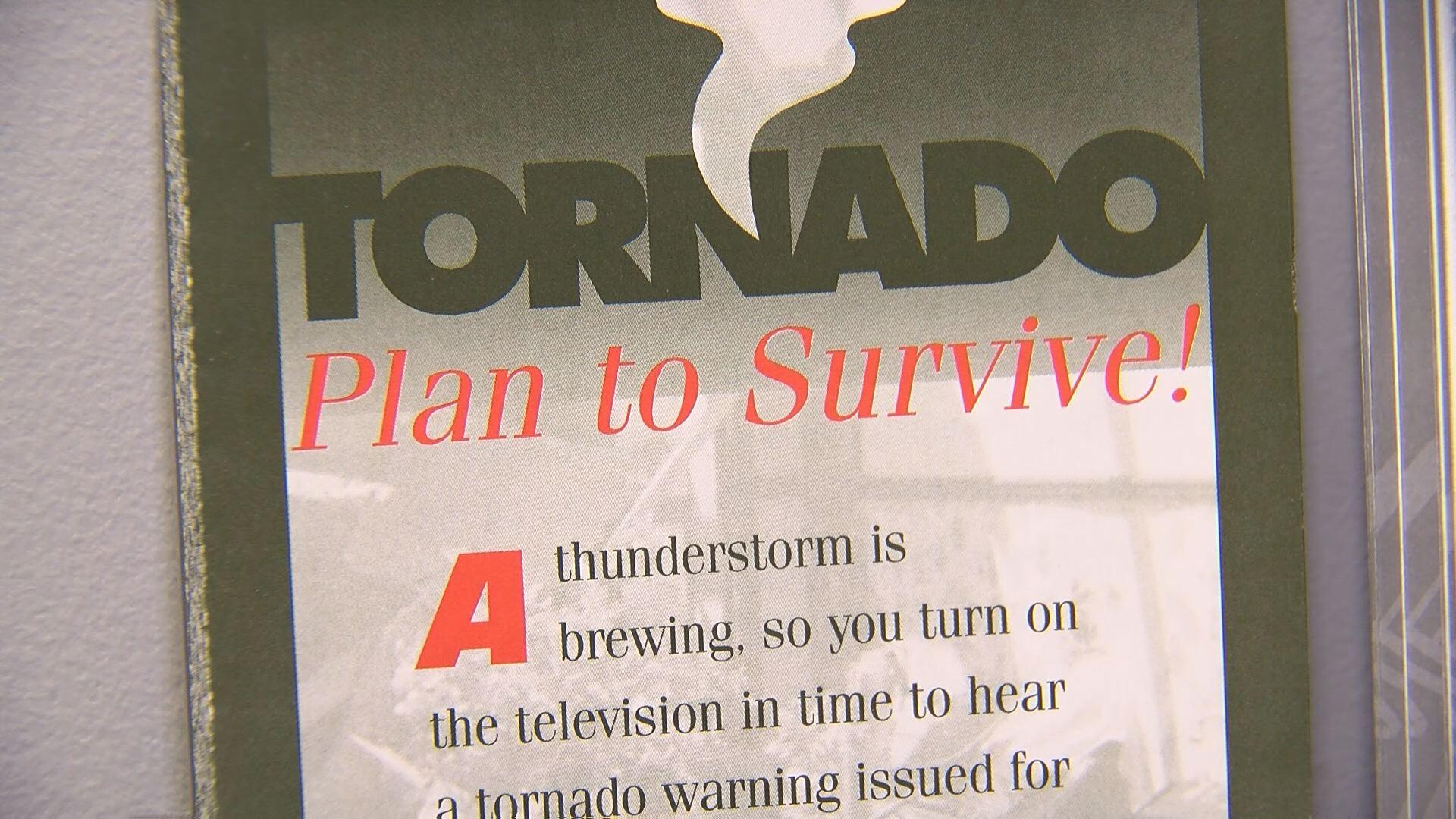 mobile home tornado safety_413079